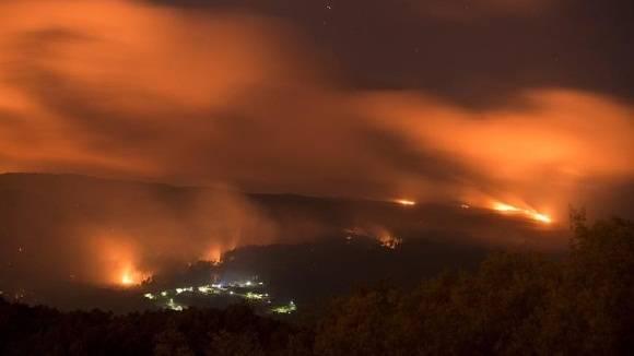 Incendios forestales azotan seis mil hectáreas en Galicia