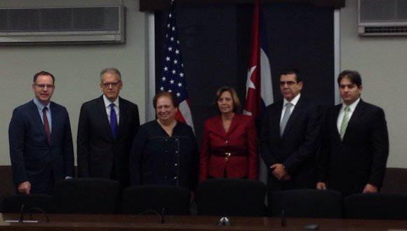 Delegaciones en el Departamento de Estado, donde se celebrar la IV reunión de la Comisión Bilateral Cuba-US. Foto: Twitter