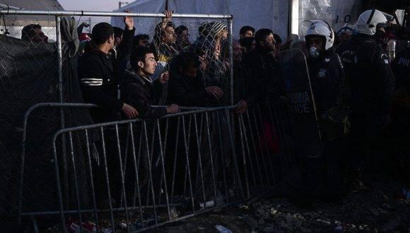 Migrantes y refugiados. Foto: AFP