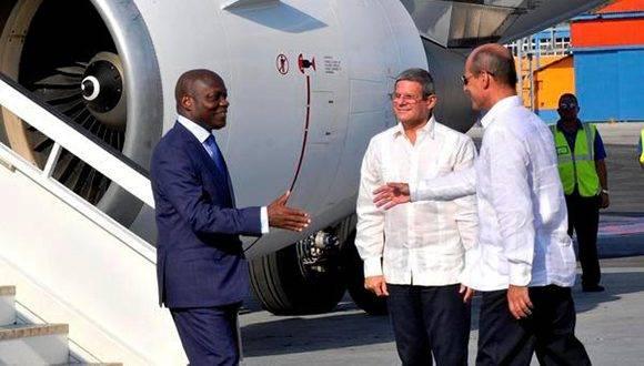 CUBA-LA HABANA-ARRIBA EN VISITA OFICIAL EL PRESIDENTE DE LA REP