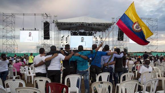 Encuestas aseguran que acuerdo de paz en Colombia será refrendado en plebiscito