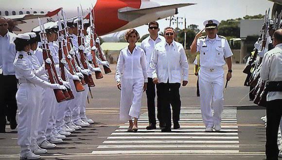 Raúl Castro en Cartagena para asistir a la firma de la Paz