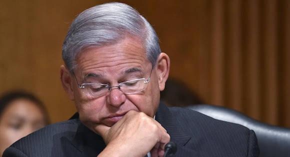 El senador Bob Menéndez fue acusado de aceptar cientos de miles de dólares en donaciones y contribuciones de campaña. Foto: Getty