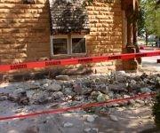 Varios edificios sufrieron daños, pero hasta ahora no se reportan víctimas mortales o heridos de gravedad. Foto: Reuters.