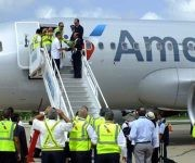 Aerolínea American Airlines aterriza en Cienfuegos. Foto: Radio Ciudad del Mar.