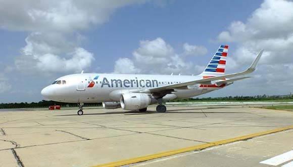 Vuelo de American Airlines aterriza en Cienfuegos. Foto: Radio Ciudad del Mar.