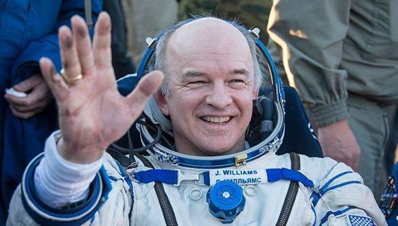 El astronauta estadounidense Jeff Williams suma 534 días en el espacio, un récord entre colegas de la NASA. Foto: Twitter Estación Interespacial.