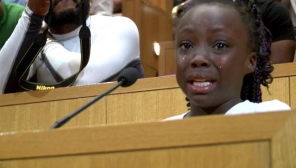Las lágrimas de Zianna conmovieron al público y su discurso corrió por las redes sociales. Foto: Captura CNN.