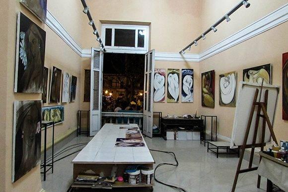 Un espacio de gran relevancia lo ocupa, en su interior, la Galería Estudio Roque. Foto: Cinthya García Casañas/ Cubadebate