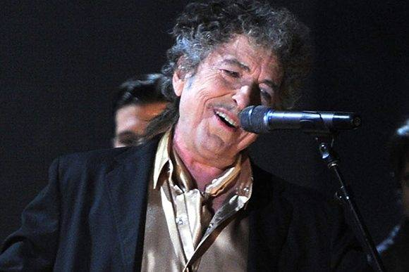 Dylan es el primer músic reconocido con el Premio Nobel de Literatura.