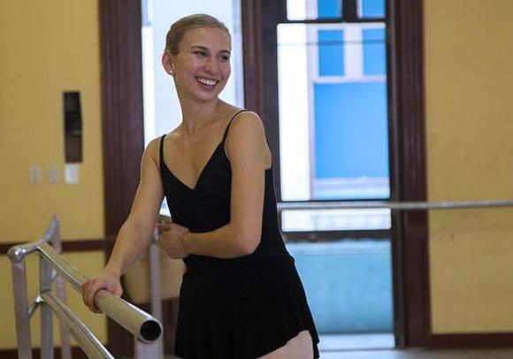 Catherine Conley, bailarina norteamericana en Cuba.
