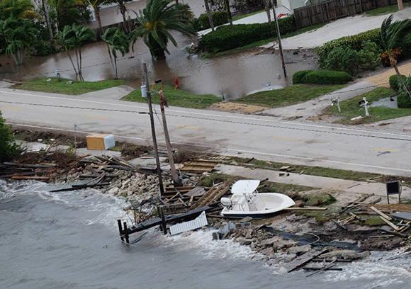 Al menos cuatro muertos en La Florida a causa de Matthew