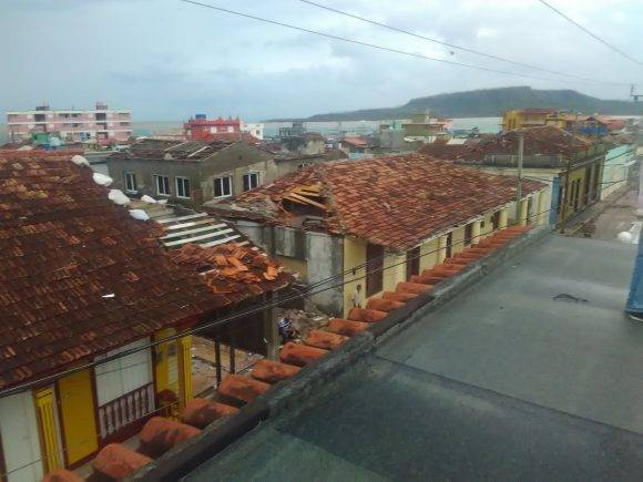 Imágenes de Baracoa después del Huracán Matthew. Fuente: @Labaracoesa