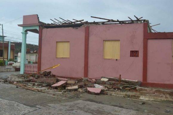 Fotos #Baracoa ya están en #Cubavisión internacional Impresionante cobertura mediática de #HuracánMatthew a través de las redes sociales