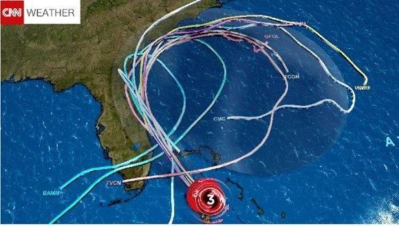 Pronósticos de CNN alertan sobre una trayectoria en forma de lazo del huracán Matthew. Foto: CNN.