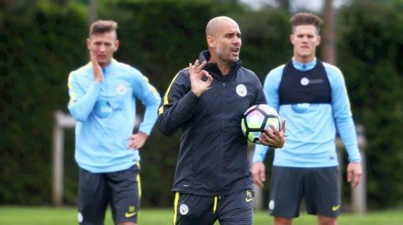 Pep Guardiola ha dicho que necesita tiempo para afianzar su estilo de juego en el Manchester City. Foto tomada de El Comercio.