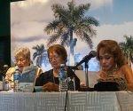 Isabel Allende Karam (I), Rectora del Instituto Superior de Relaciones Internacionales (ISRI); Martha Eugenia López Villeda (C), autora del lilbro; y Sonia Amelio (D), bailarina, músico, coreógrafa y actriz mexicana, en la presentación del texto Creo en Fidel, en el Memorial José Martí, en La Habana, Cuba, el 14 de octubre de 2016.  ACN  FOTO/ Diana Inés RODRÍGUEZ RODRÍGUEZ/sdl