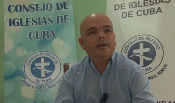 El reverendo Antonio Santana Hernández Vicepresidente del Consejo de Iglesias de Cuba en entrevista a Cubadebate.