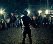 La séptima temporada de  The Walking Dead comienza con el grupo de protagonista prisioneros de Los Salvadores, un clan liderado por Negan. Foto: AMC.
