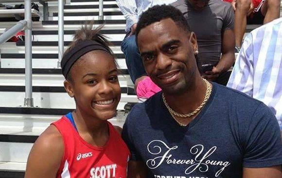 Trinity era una prometedora velocista a us 15 años. Su muerte se une a la de cientos de menores que fallecen en EE.UU. debido a disparos accidentales. Foto: Facebook.