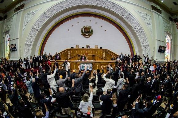 En la constitución venezolana. Foto tomada de El Diario de Yucatán.