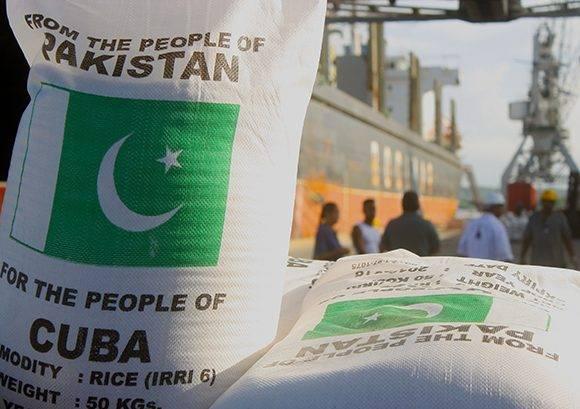 15 mil toneladas de arroz del pueblo de Paquistán para el pueblo de Cuba. Foto: José Raúl Concepción/ Cubadebate.