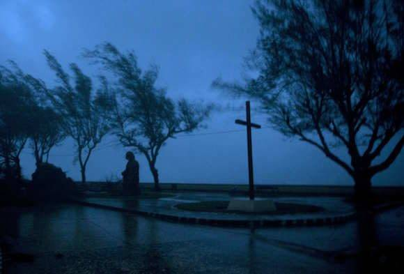 Baracoa en al madrugada. Foto: Ramón Espinosa/ AP