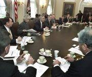 El presidente Bush se reúne con su gabinete en 2002. Foto:Ron Edmonds / AP