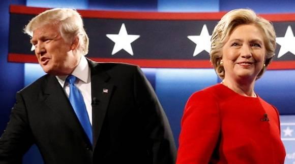 Clinton evadía el escándalo de sus correos filtrados por WikiLeaks y Trump juró otra vez que respeta a la mujer tras el vídeo de sus groseras palabras.