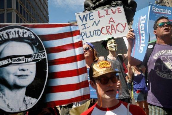 ¿Son las élites realmente tan poderoso como Sanders y sus seguidores afirmaron? Foto:John Minchillo / AP