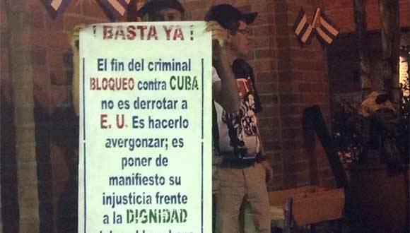 Desde Colombia también llegan voces contra el Bloqueo. Foto: Facebook Kenia Serrano.