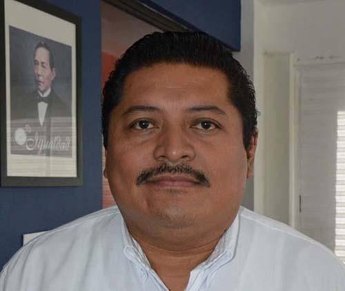 José Antonio Ruz Hernández, rector de la Universidad Autónoma de Ciudad del Carmen, México. Foto: Granma.