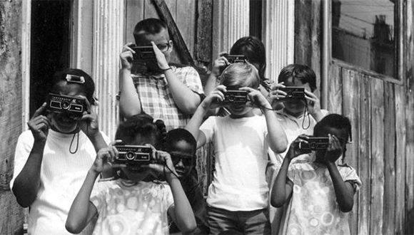 Aquellos viejos tiempos de gloria. La Kodak, fundada por George Eastman en 1888 fue sinónimo de fotografía durante todo el siglo XX. Foto: Getty Images.
