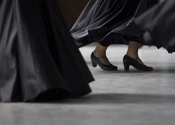 De tal forma, la sede del Ballet Lizt Alfonso cuenta con 4 salones de ensayo (dos pequeños, uno mediano y uno grande) dotados de tabloncillos, espejos y vestidores. Foto: Ladyrene Pérez/ Cubadebate.