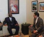 Vicepresidente del Consejo de Estado de Cuba Salvador Valdés sostiene encuentro en Ecuador. Foto: PL.