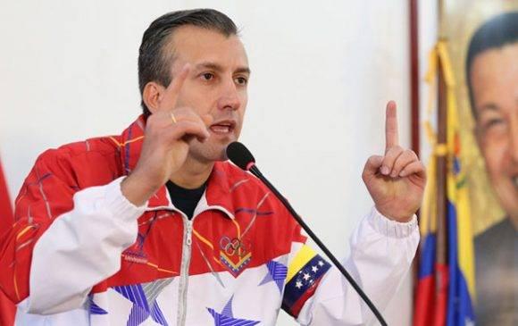 Maduro convoca a Consejo de Defensa para evaluar intento golpista
