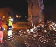 Escombros en la villa Sant'Antonio, cerca a Visso (Italia). Un nuevo seísmo de magnitud 5,4 sacudió el centro de Italia y causó dos heridos, dos meses después del que provocó la muerte a 297 personas. Foto: EFE.