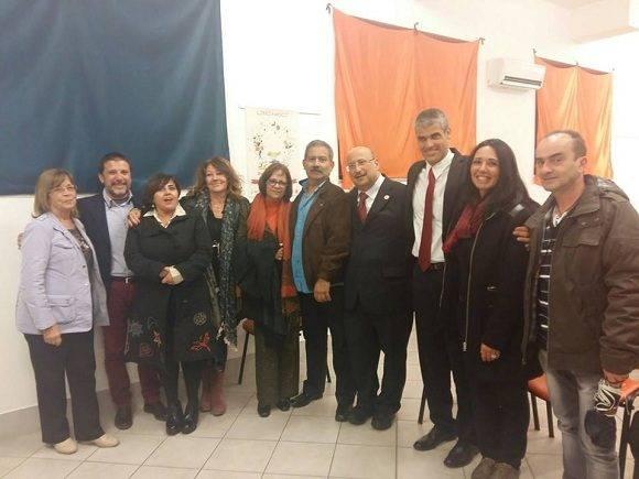Amigos de la solidaridad, autoridades municipales y diplomáticos latinoamericanos asistieron a la presentación. Foto: Asociación Nacional de Amistad Italia-Cuba.
