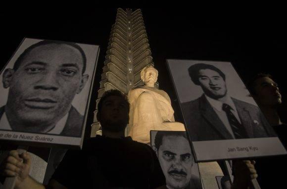 Vigilia en la Plaza de la Revolución de La Habana contra el Terrorismo