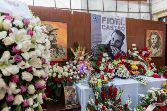 ACT  EN QUITO SE RINDE HOMENAJE POR EL FALLECIMIENTO DEL FIDEL CASTRO EN CUBA              FOTO   MIGUEL JIMENEZ    EL TELEGRAFO FIDEL CASTRO