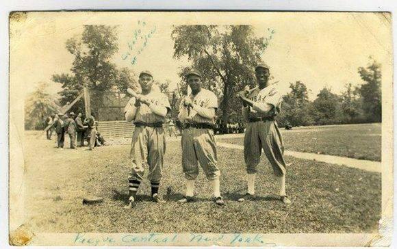 René González, Carlos Blanco y Carlos Colás (a la derecha)