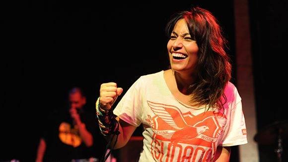 La rapera chilena Ana Tijoux acompañará a Silvio en el concierto en la Plaza del Cristo.
