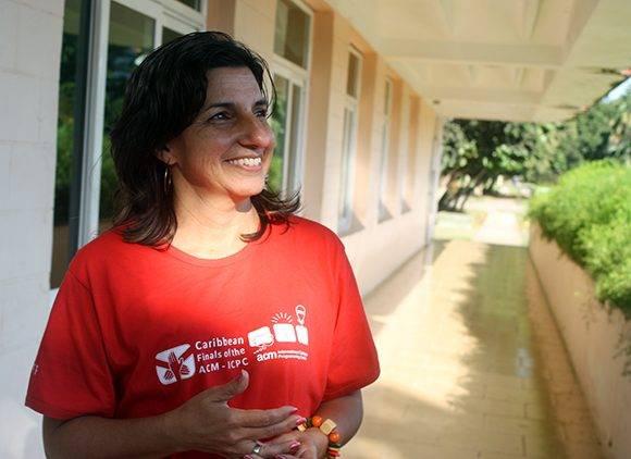 La Decana de Facultad 1 de la UCI, Delly Lien González, miembro del comité organizador del evento. Foto: José Raúl Concepción/ Cubadebate.