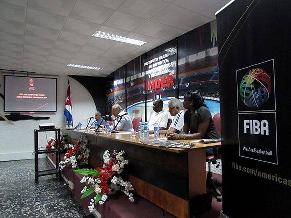 Según los directivos, Cuba tiene un 90 por ciento de posibilidades de salir adelante en el repechaje. Foto: Cinthya García Casañas/ Cubadebate.