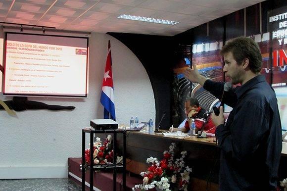 Víctor Mansure presentó, de manera general, cómo sería el calendario competitivo. Foto: Cinthya García Casañas/ Cubadebate.