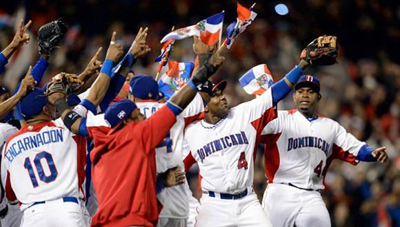 Dominicana celebra su victoria en el Clásico Mundial de Béisbol de 2013