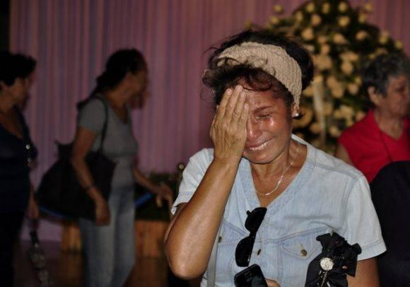 Cuando el dolor se comparte. Foto: Roberto Garaycoa Martínez/ Cubadebate