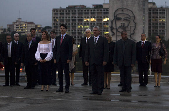 Raúl Castro recibe a primer Ministro de Canadá Justin Trudeau
