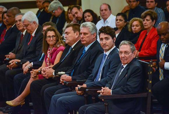 Asiste Raúl Castro a conferencia magistral del Primer Ministro canadiense  (+Fotos)
