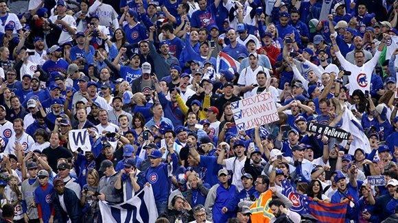 Los aficionados de los Cubs tuvieron qu esperar más de un siglo para ver a su equipo coronarse. Foto: John J. Kim/ Chicago Tribune.